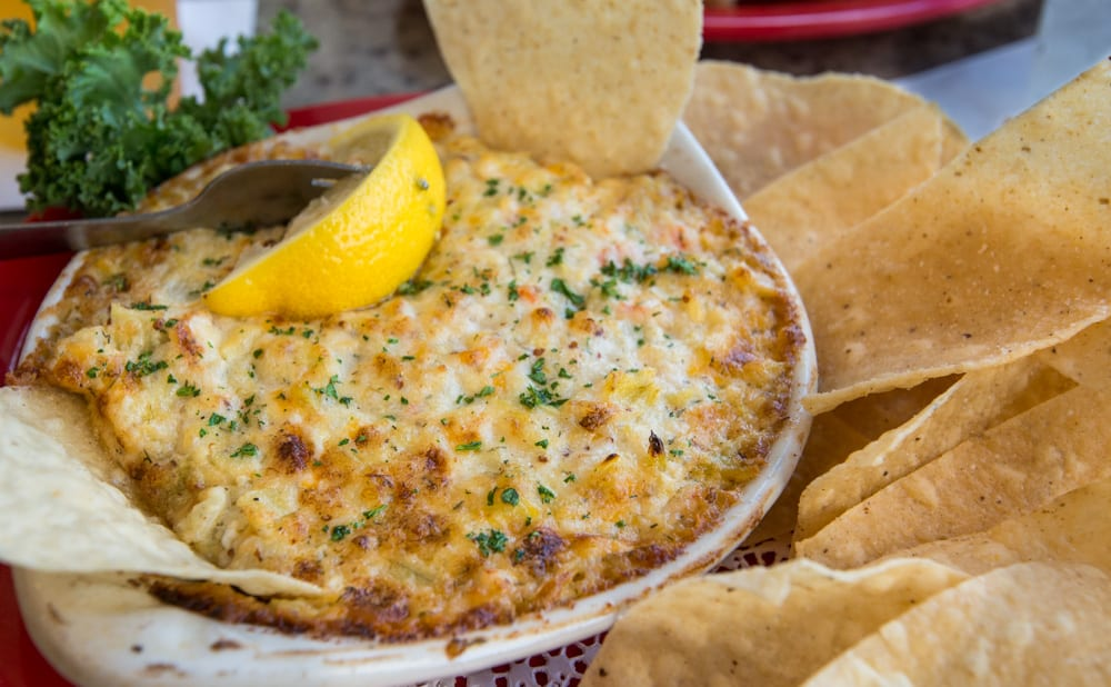 Cheesy-Shrimp-Crab-Artichoke-Dip